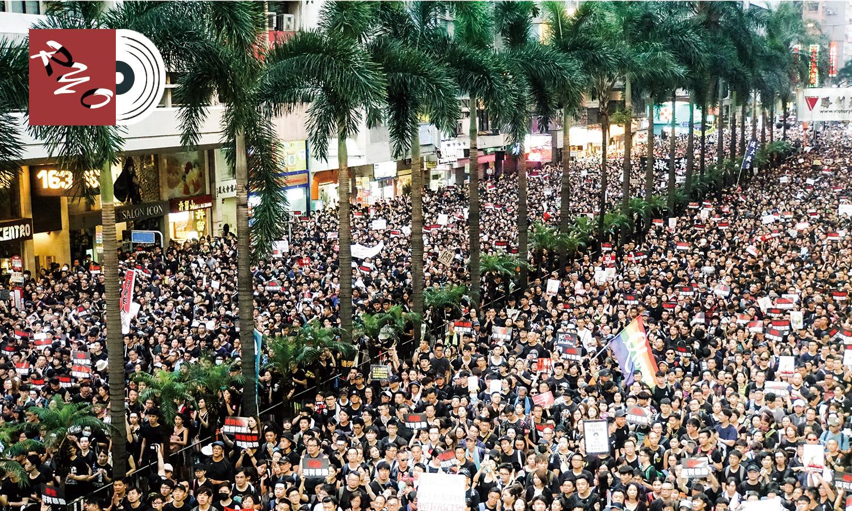 香港でデモ